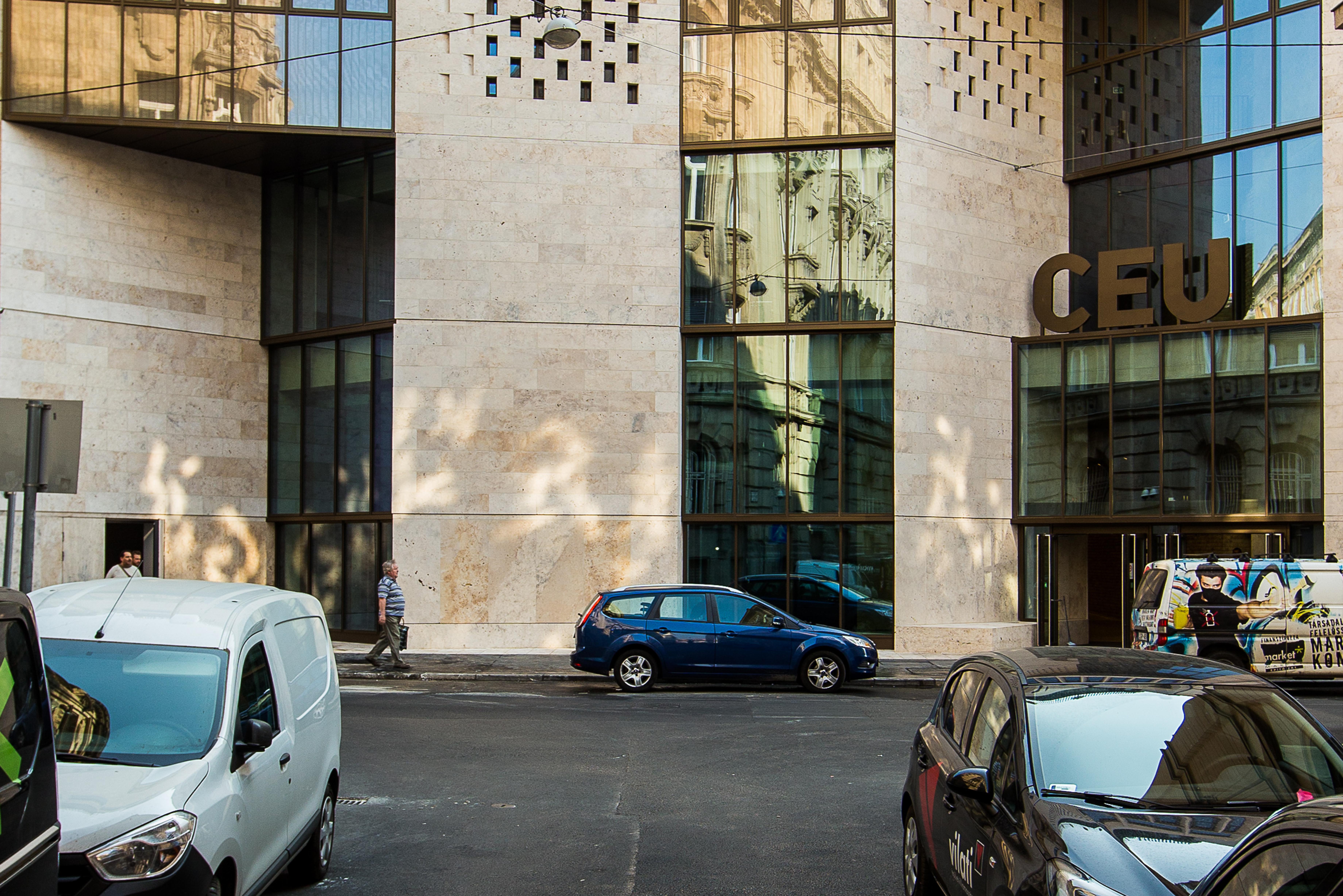 N15 facade